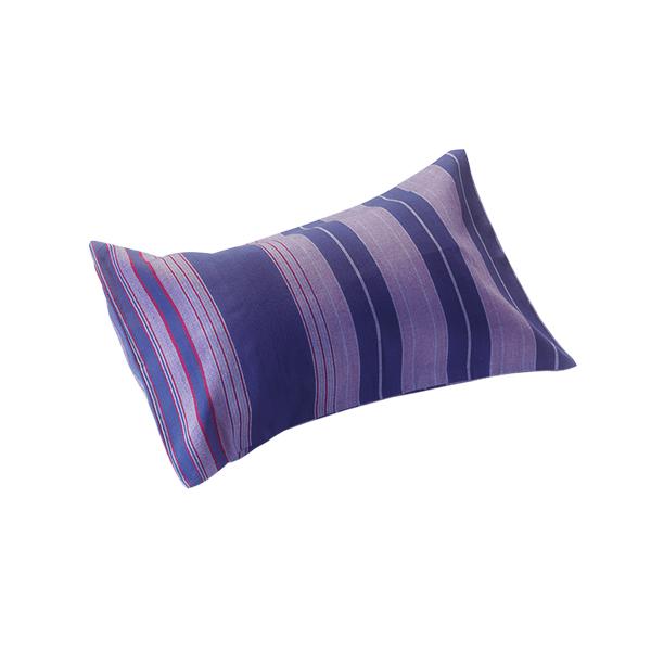 le coussin de plage marine de simone et georges. Black Bedroom Furniture Sets. Home Design Ideas